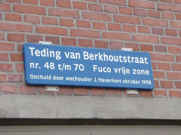 """""""Fuco vrije zone"""" (funderings- en casco onderzoek) op de Teding van Berkhoutstraat, onthuld door Jan Haverkort"""